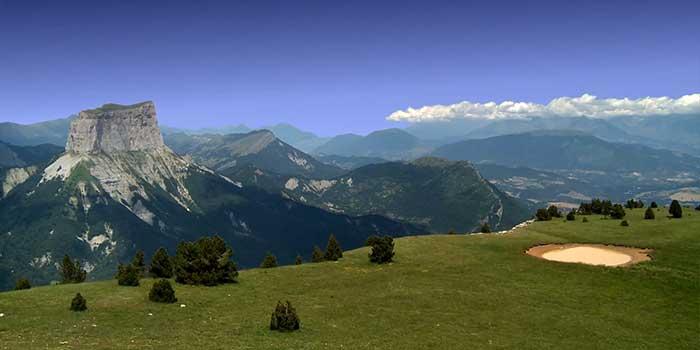 Le Mont Aiguille près du Camping les Portes de Trièves